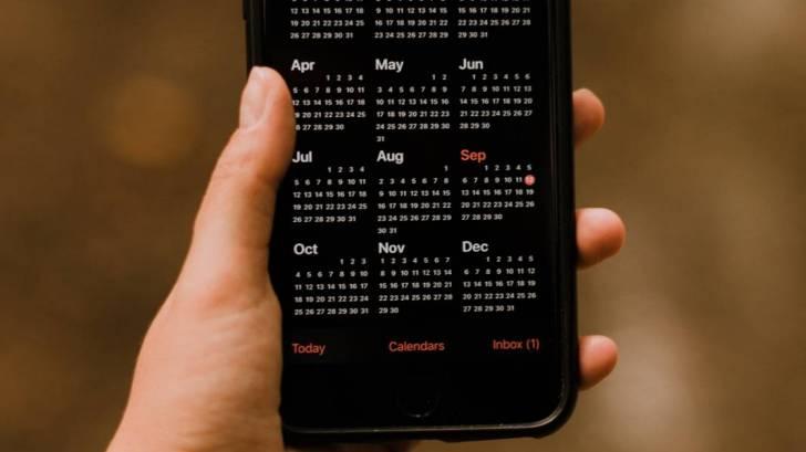 digital phone calendar